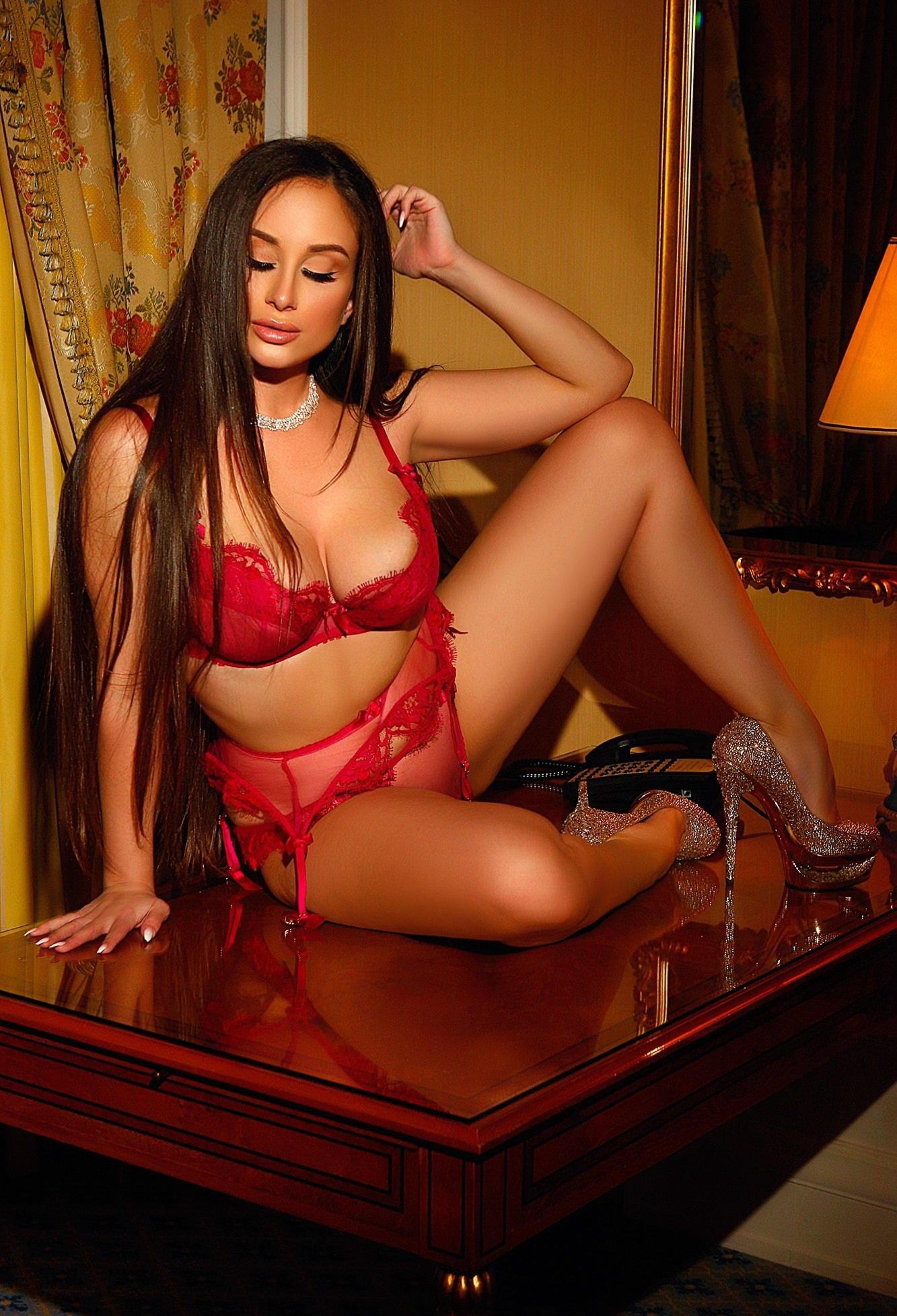 Проститутки эскорт услуги проститутки шлюхи тюмень